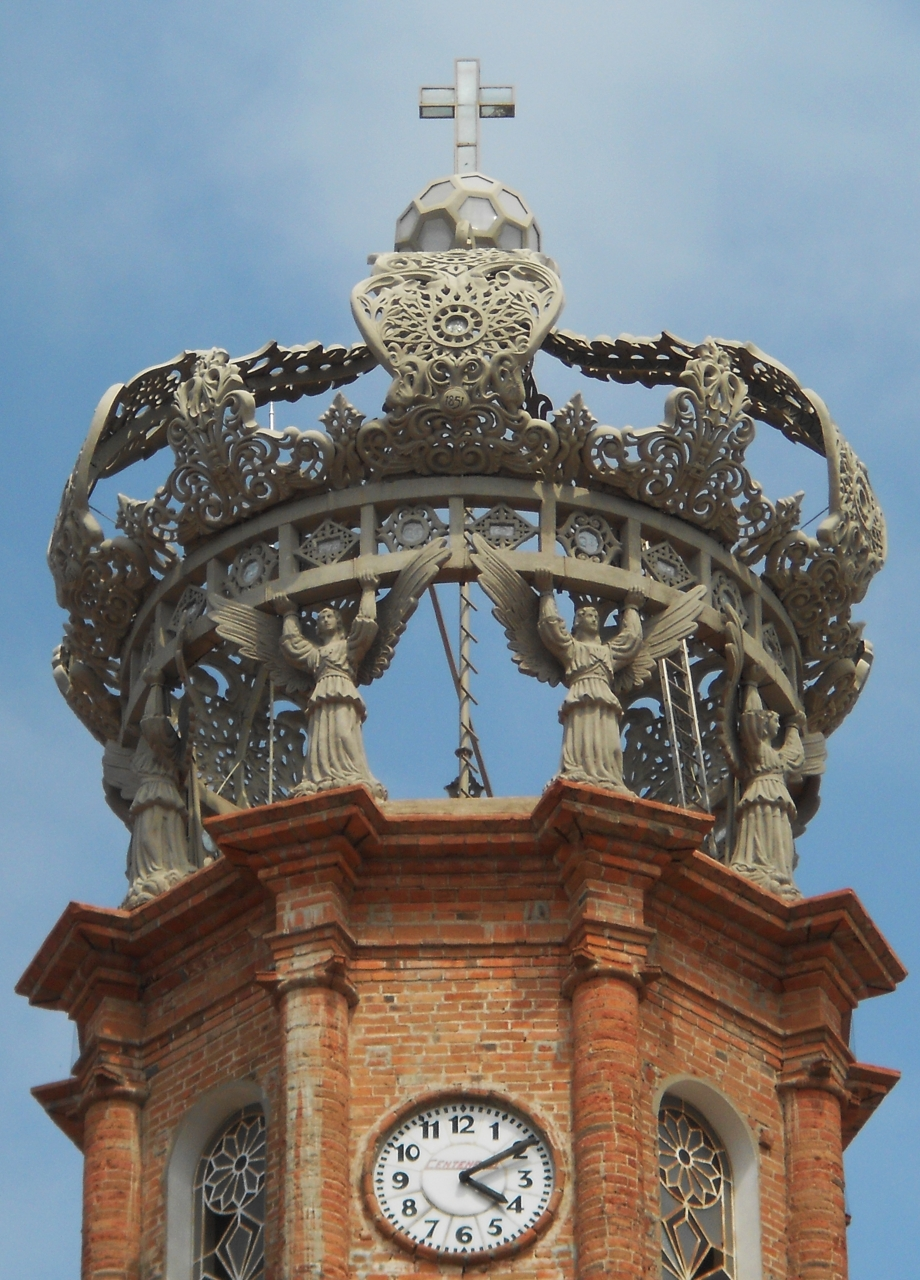 corona de la iglesia de guadalupe puerto vallarta nice
